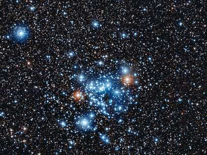 Os astros estudados ficam no aglomerado estelar aberto NGC 3766, na constelação do Centauro Foto: ESO / Divulgação
