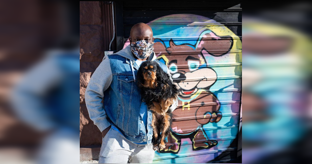 """The """"Dogfather of Harlem"""" Is Transforming Dog and Human Lives During Pandemic"""