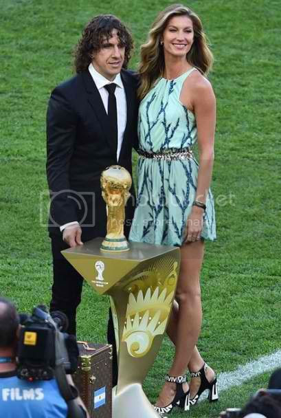 Gisele Bundchen World Cup Finals Fashion Style photo gisele-bundchen-world-cup-finals-louis-vuitton-dress_zps31eb9c1b.jpg