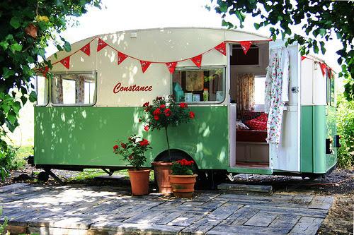 Constance 1956 Vintage Caravan (via snailtrail.co.uk vw camper hire)