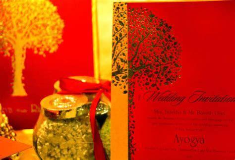 Gold Laser   Voguish Wedding Invitations