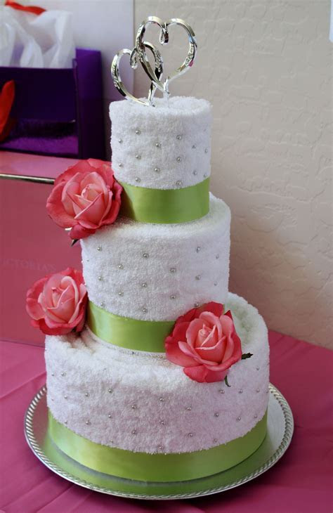 AMAZING TOWEL CAKES IMAGES   Bridal Shower Towel Cake ? A