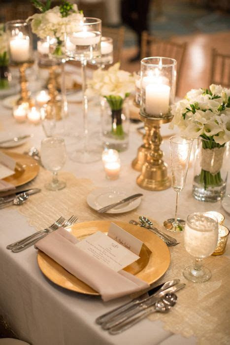 10 Ideas for Charger Plates   Wedding Decor   Wedding