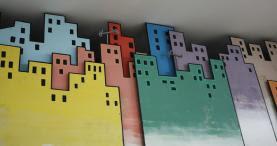 Edificis del Raval amb cartró