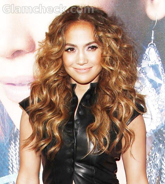 jennifer lopez 2011 hairstyle. Jennifer Lopez curly hairstyle