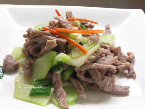 Stir fried chayote and beef