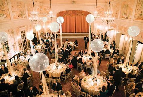 1000  ideas about Balloon Centerpieces Wedding on