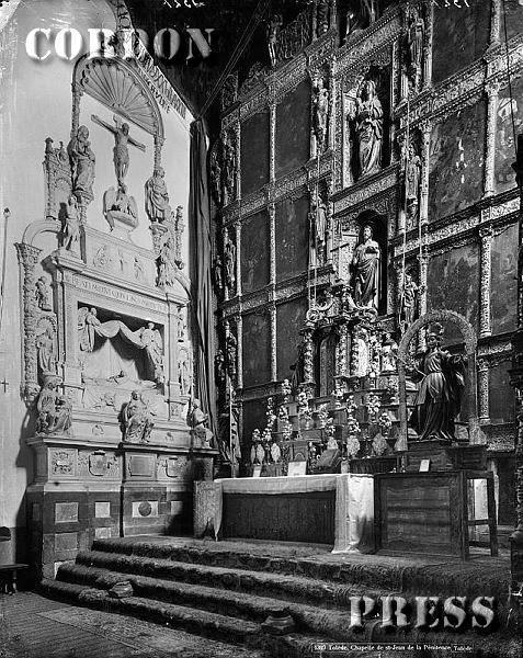 Sepulcro de Fray Francisco Ruiz en el Convento de San Juan de la Penitencia de Toledo hacia 1875-80. © Léon et Lévy / Cordon Press - Roger-Viollet
