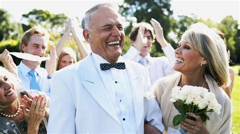 These Are the Best 40th Wedding Anniversary Gifts