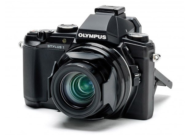 Olympus Stylus 1 compact tempts enthusiasts with constant f28, 28300 lens