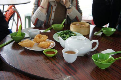 川龍村で飲茶
