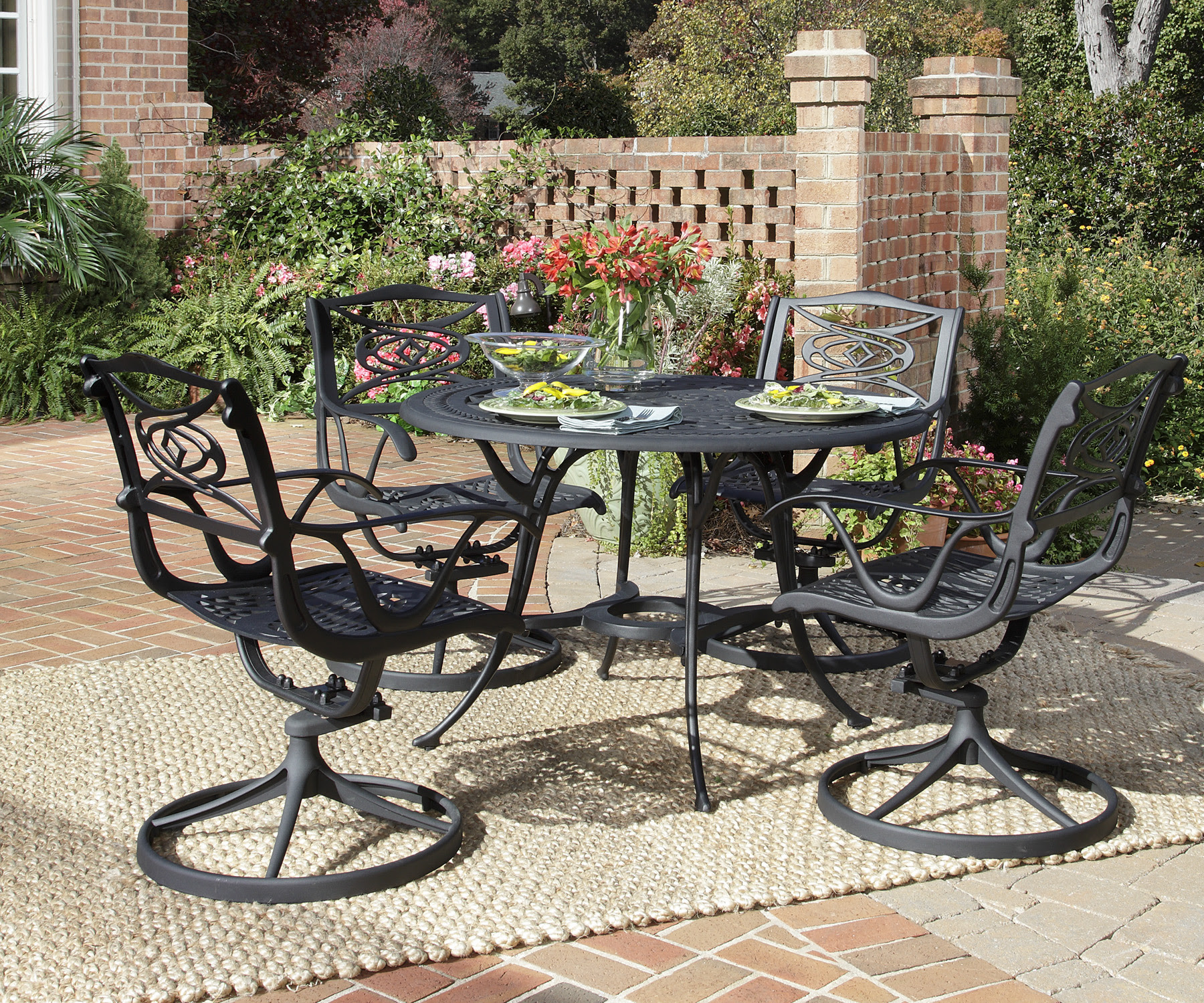 OUTDOOR DINING TABLE CHAIRS   Chair Pads & Cushions