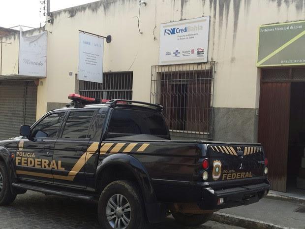 Mandados são cumpridos na cidade de Ipiaú, sul da Bahia (Foto: Giro em Ipiaú)