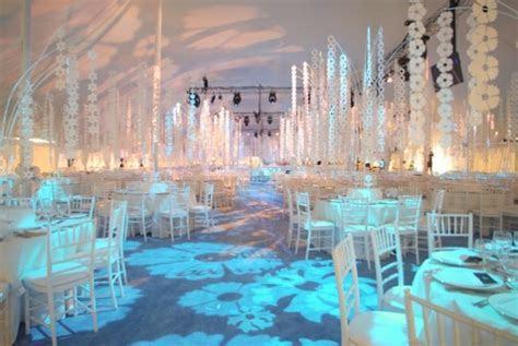 Winter wonderland wedding decor   Wedding Decor