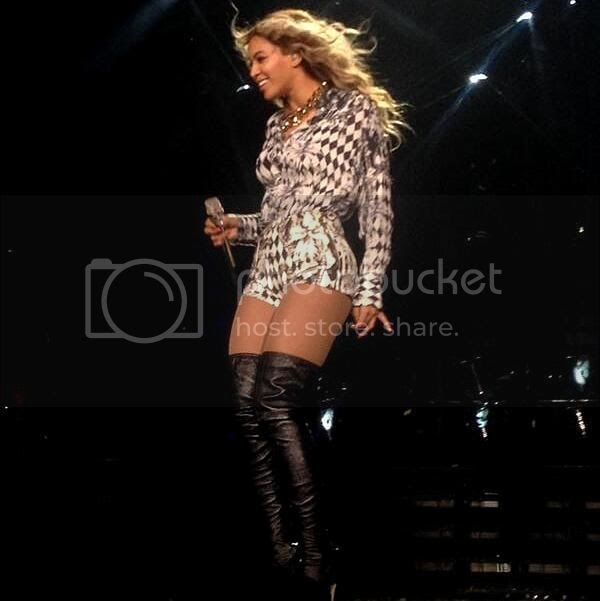 Beyonce Performs New Song XO Live For The First Time