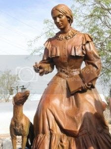 monument to Santa Fe Trail pioneer Susan Shelby Magoffin