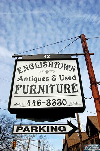 Englishtown_Sign