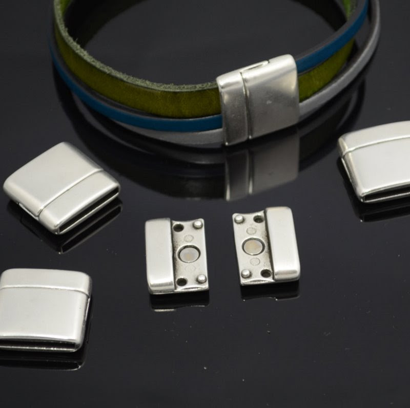 s36734 Findings - 10 mm Flat Leather - Double Wide Zippy Magnetic Clasp - Antiqued Silver (1)