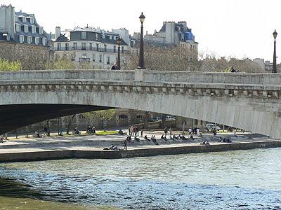 au bord de la Seine 1.jpg