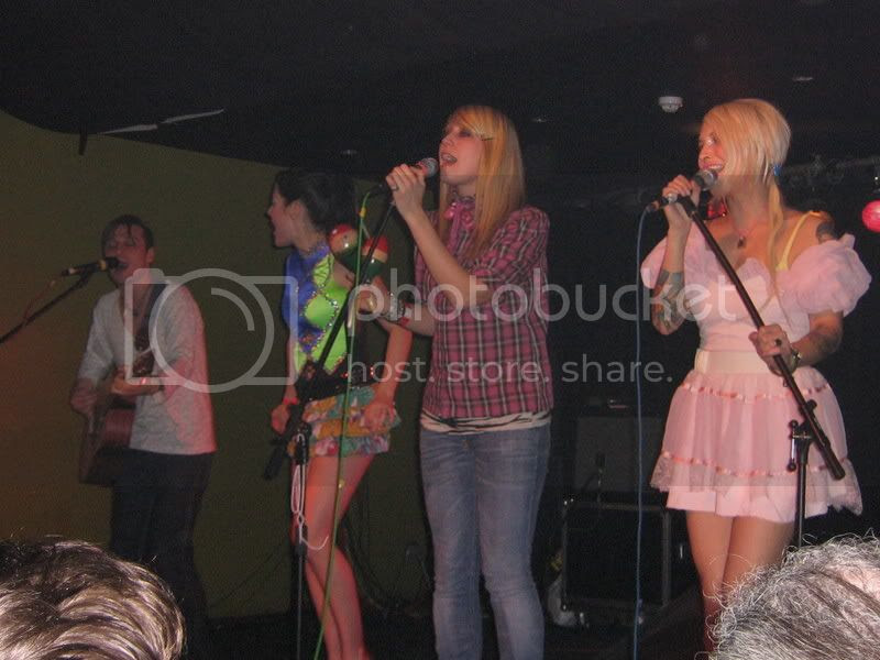 Derek, Jamie, Neely and Kianna - Tilly and the Wall