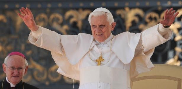 Bento 16, que completará  cinco anos no cargo em 19 de abril; o papa não cumpriu sua promessa de  acabar com a corrupção sexual e afastar os acobertadores