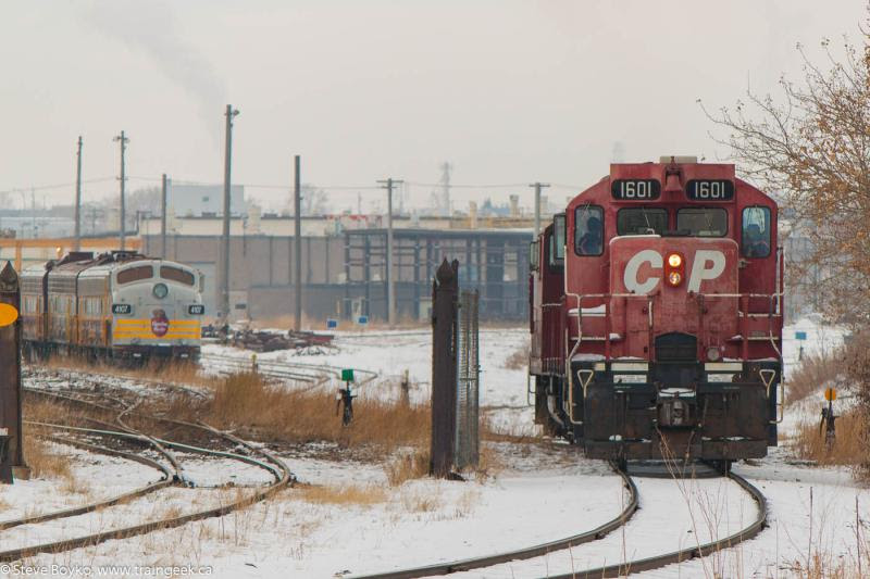 CP 1601 and 4107 in Calgary, AB