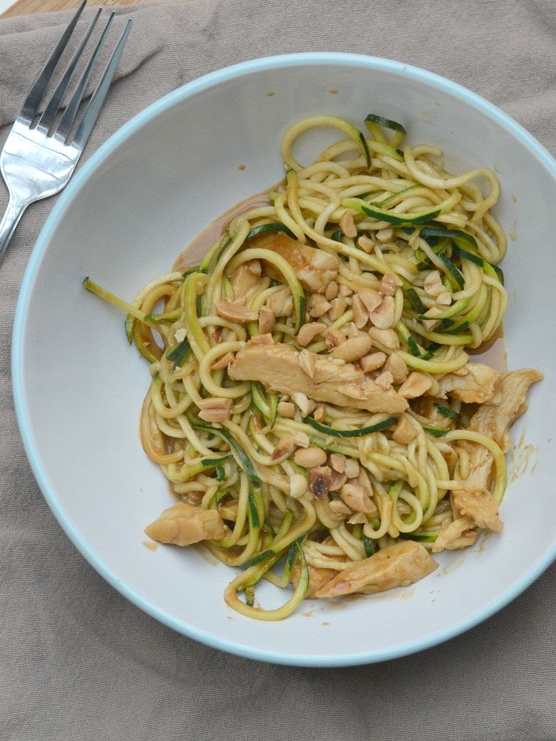 Courgette Noodles (Zoodles) with Peanut Chicken