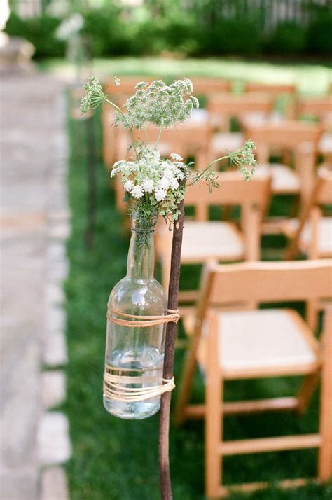 7 Wine Bottle Decor Ideas to Steal For Your Vineyard