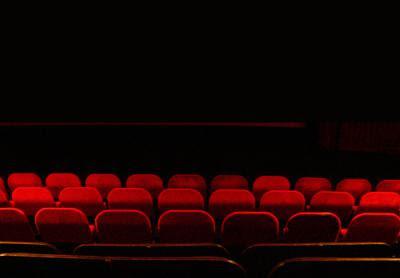 Sector do cinema vê agravarem-se as dificuldades financeiras com o decreto do governo. Foto mark lorch/Flickr