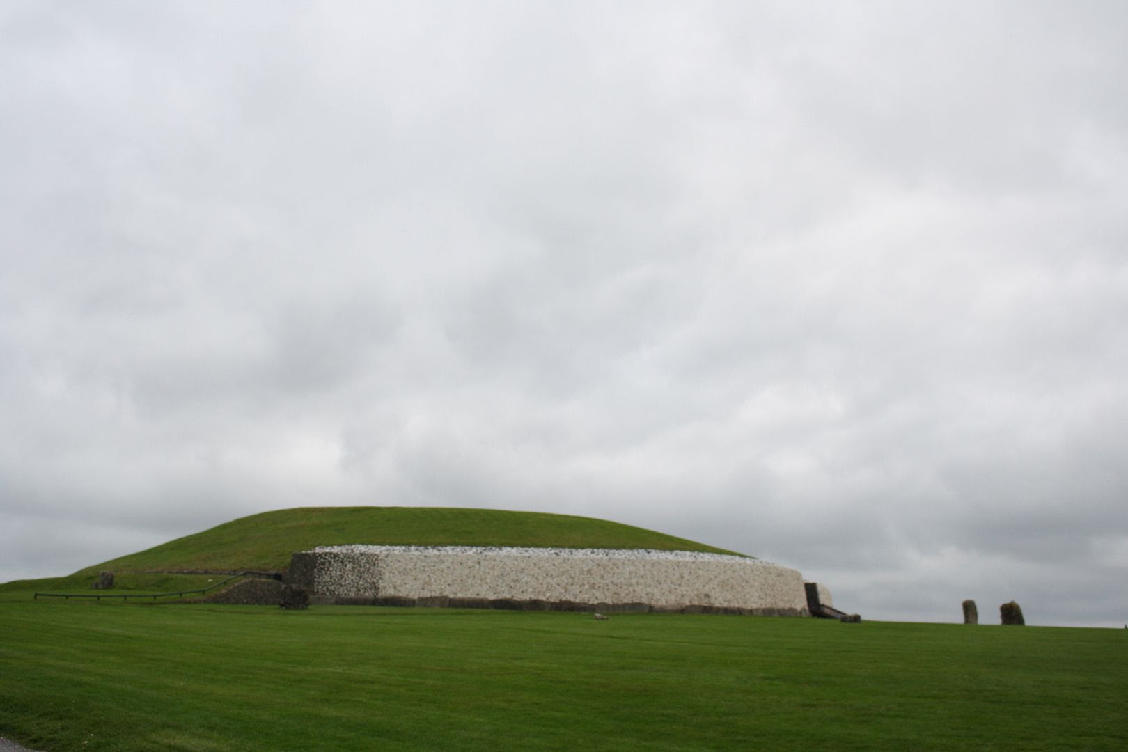 Newgrange at Bru na Boinne, Ireland photo IMG_4246_zpsltkfniju.jpg