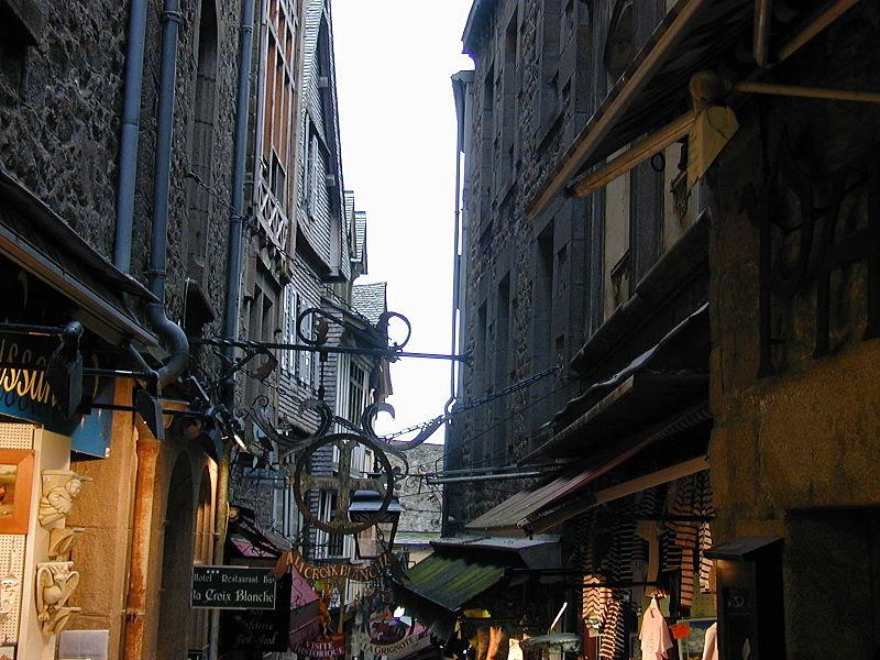File:200506 - Mont Saint-Michel 20 - Street.JPG
