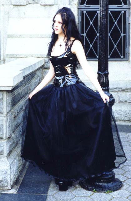 gothic clothing shops  the gothic ezine