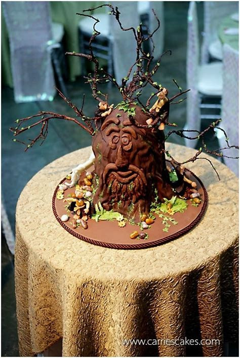 17 Best images about Hobbit & Lord of the Rings Cakes on