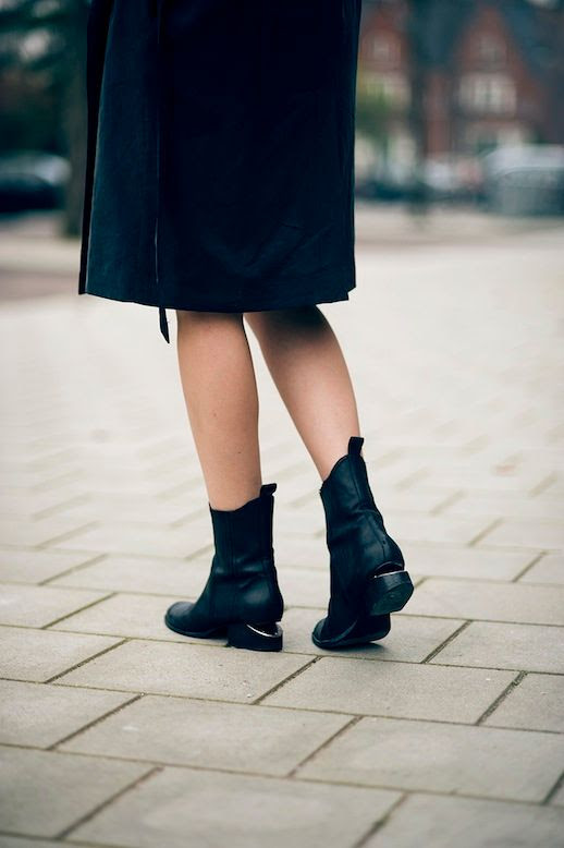 Le Fashion Blog Rainy Day Style Inspiration Black Trench Coat Alexander Wang Anouck Chelsea Boots Cut Out Heels Via Raspberry Rouge Blogger photo Le-Fashion-Blog-Rainy-Day-Style-Inspiration-Trench-Coat-Alexander-Wang-Anouck-Chelsea-Boots-Via-Raspberry-Rouge-Blogger.jpg