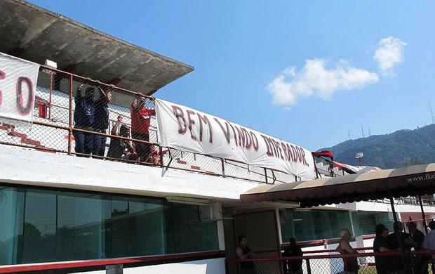 Adriano, Flamengo, Faixa (Foto: Janir Junior / Globoesporte.com)