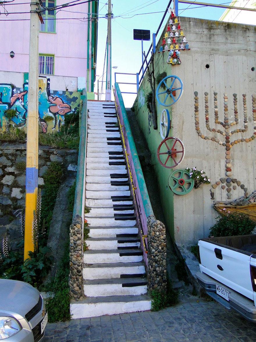http://www.boredpanda.com/most-beautiful-steps-stairs-street-art/?image_id=creative-stairs-street-art-3-1.jpg