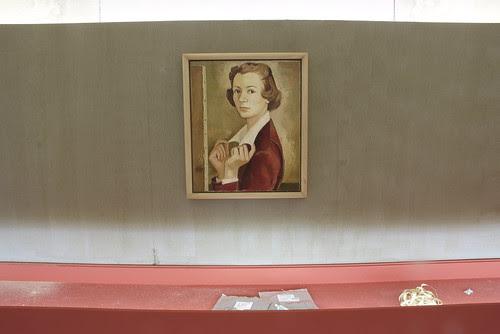 """Montagem da exposição """"de propósito - Maria Keil, obra artística"""" by Museu da Presidência da República"""
