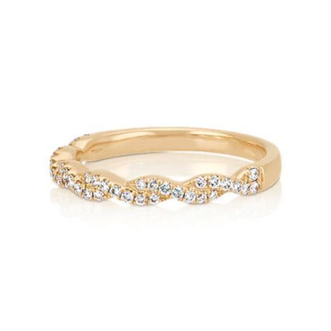 Infinity Twist Pavé Set Diamond Wedding Band in 14k Yellow