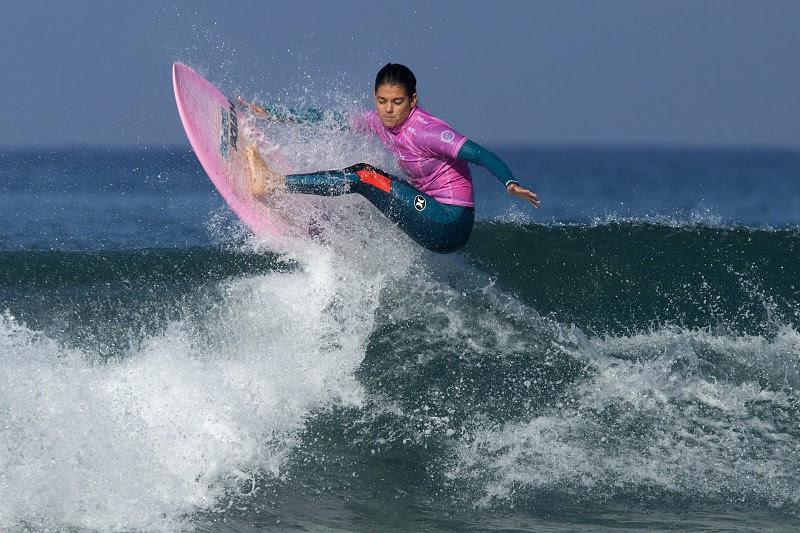 Resultado de imagem para Carol Henrique sagra-se bicampeã nacional de surf
