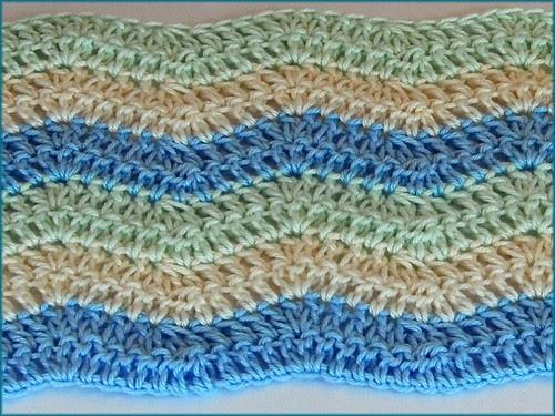 Iroiro 色いろ Crochet Ripple Baby Blanket