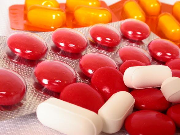 http://images.freeimages.com/images/previews/95e/pills-1422509.jpg