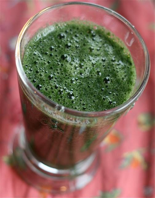 spirulina green smoothie