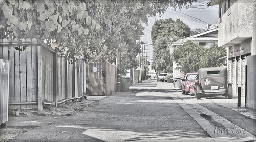 Alleys and classic cars