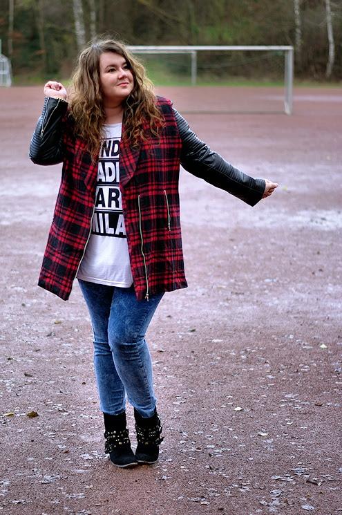 Große Größen Plus Size Fashion Blog Missguided tartan jacket