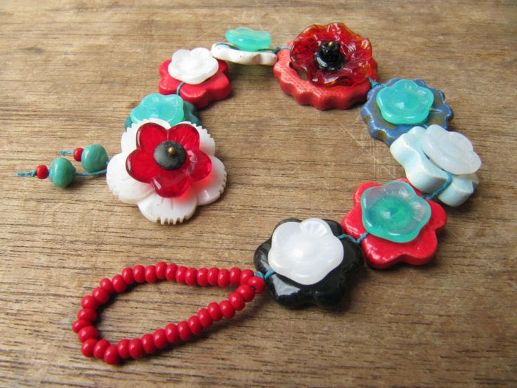 Art Bead Scene Blog: Bound Blooms Bracelet Tutorial