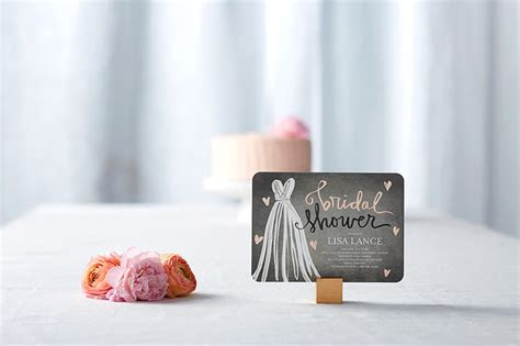 What to Write in a Bridal Shower Card   Shutterfly