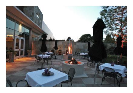 Waterleaf patio at dusk 400 pixels w border