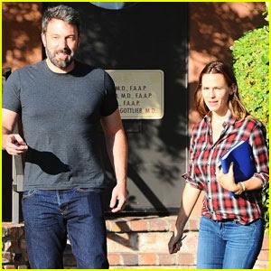 Ben Affleck & Jennifer Garner Jet to Bahamas For Post-Split Family Vacation - Report