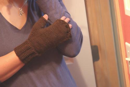 top of hand - facist robo-alien mitts