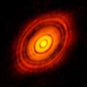 Imagen obtenida por ALMA del disco protoplanetarios que rodea a HL Tauri